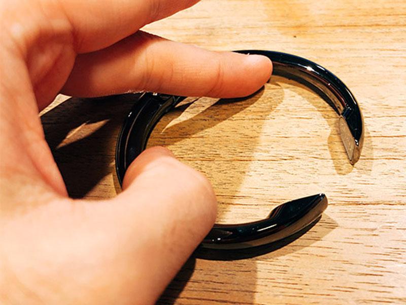 「Clipa」のツメが開いた写真