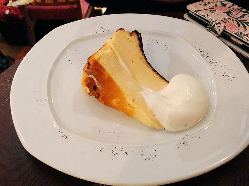 バスクチーズケーキの写真