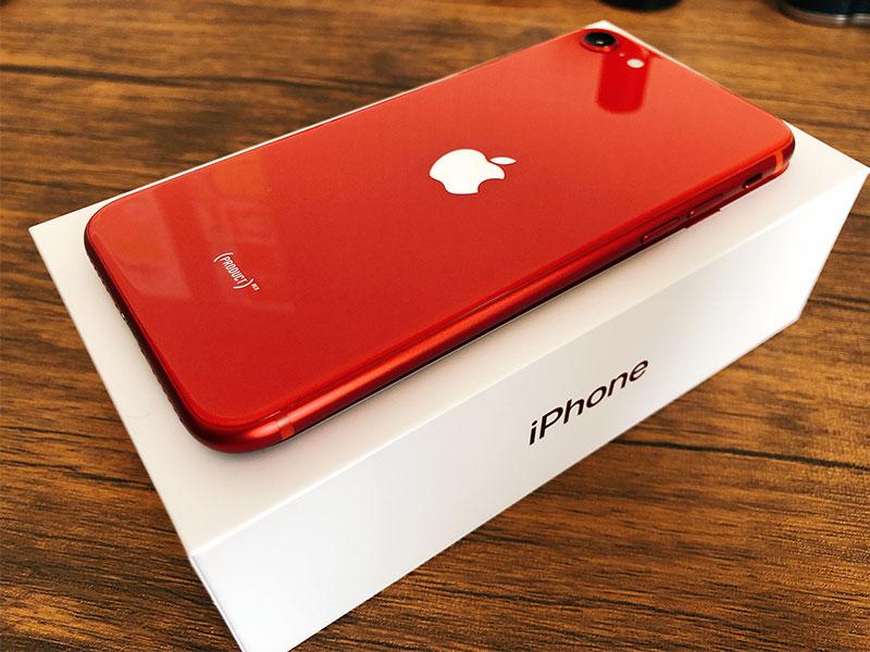iPhone SE (第二世代 2020年モデル)の写真