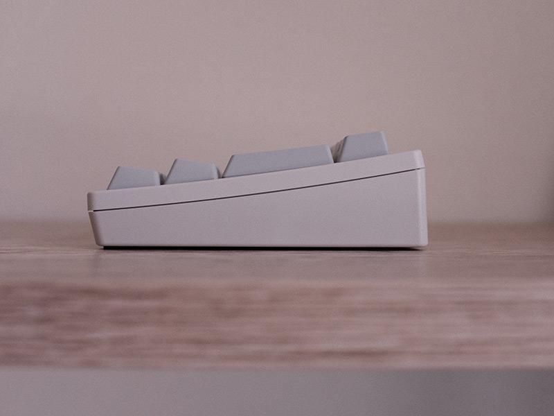 HHKB Professional HYBRID Type-Sの背面スタンドの写真