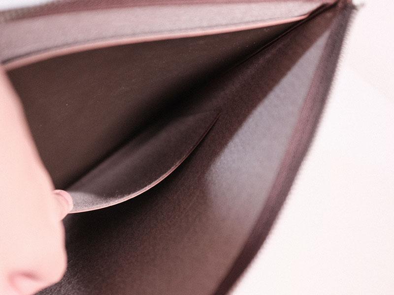 レイヤースリーブの内面のポケットの写真