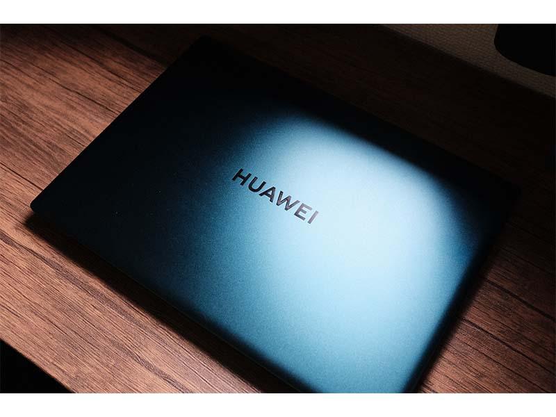 HUAWEI MateBook X Pro(2021)の写真